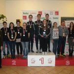 Die siegreichen Mannschaften der Landesliag 2014/2015 mit Landesschützenmeister Friedl Anrain und Landessportleiter Christian Kramer.