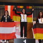 Siegerbild bei den Frauen: Katharina Auer (Silber), Sandra Korber (Gold - Deutschland), Michaela Walo (Bronze - Deutschland).