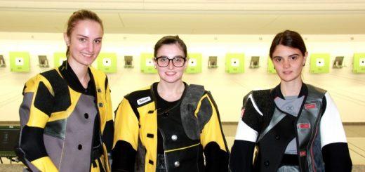 Die erfolgreiche Tiroler Mannschaft: Viktoria Müller, Marie-Theres Auer (Rang 1) und Franziska Stefani (Rang 5).Foto: C. Kramer